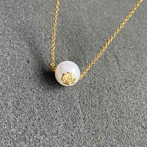 Tory Burch Texture Pearl Clavicle Chain
